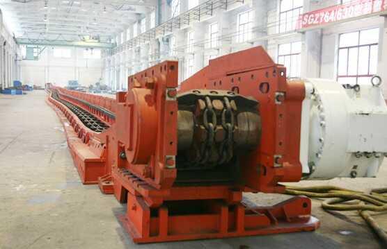 重型ballbet体育官网输送机