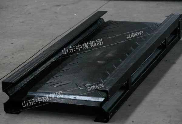 ballbet体育官网输送机中部槽制作材料的选用标准